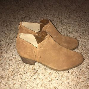 Naturalizer Zarie Booties - Brown Suede